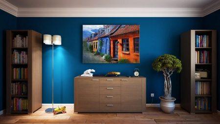Jak ciekawie i skutecznie łączyć kolory podczas malowania ścian